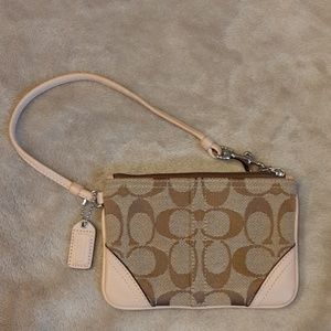 Coach  change purse/ zipper wallet